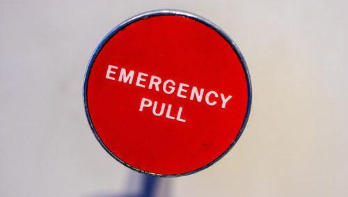 Crisis, emergencia, botón