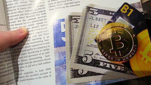 bitcoin, dólar, divisa, criptomoneda, alternativos