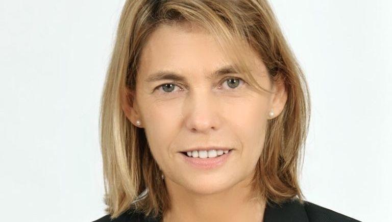 Marta Olavarria, Inverco