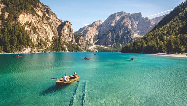 ISR lago montaña