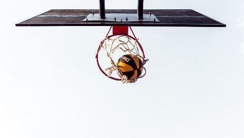 Baloncesto, canasta, rentabilidad, alfa, selección