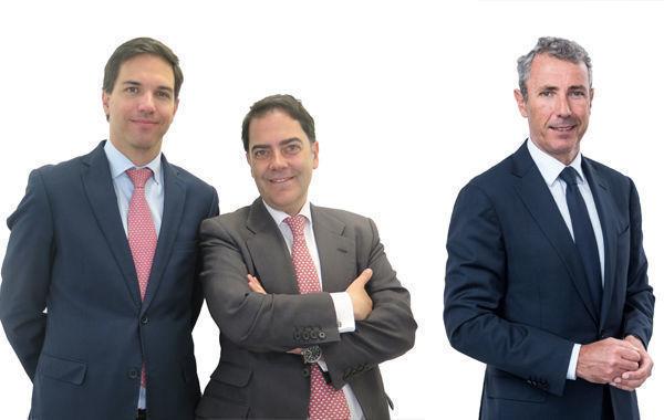 Antonio Quintana, Iñigo Konyay y Antonio Pons, A&G