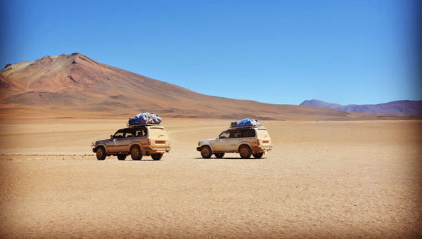 coches desierto rally