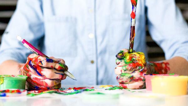 pintura manos pensiones