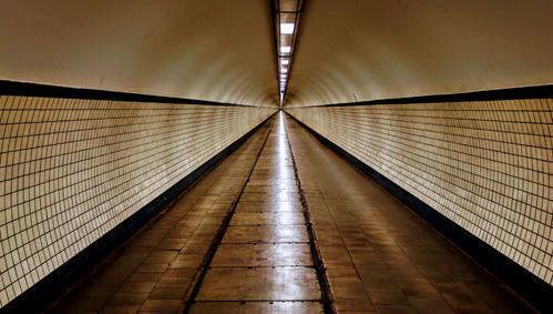 fin tunel luz