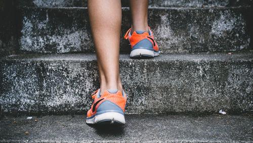 subir crecer escaleras