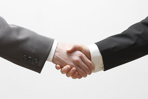 Acuerdo, trato, operación, adquisición, fusión