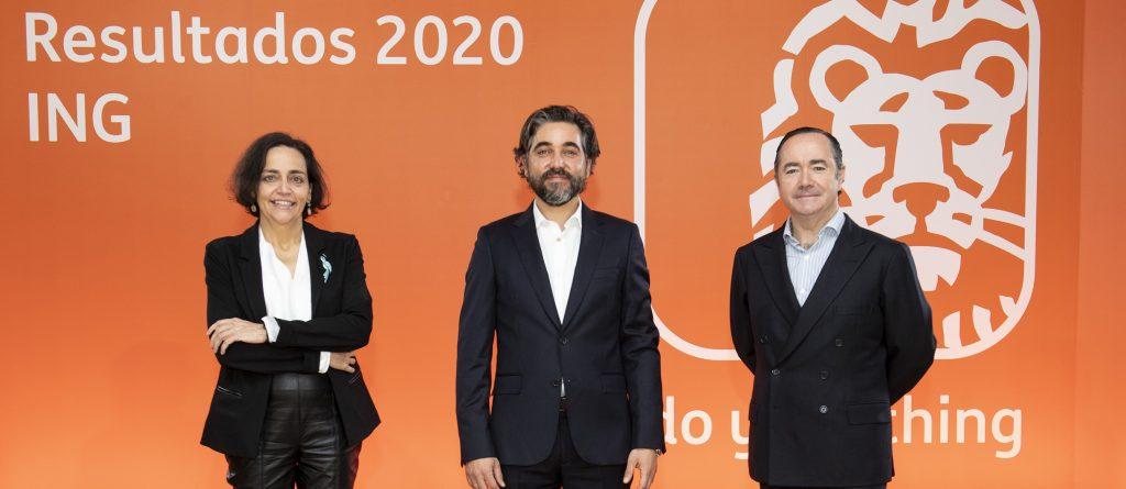 Almudena Román, Ignacio Juliá y Cristóbal Paredes, ING