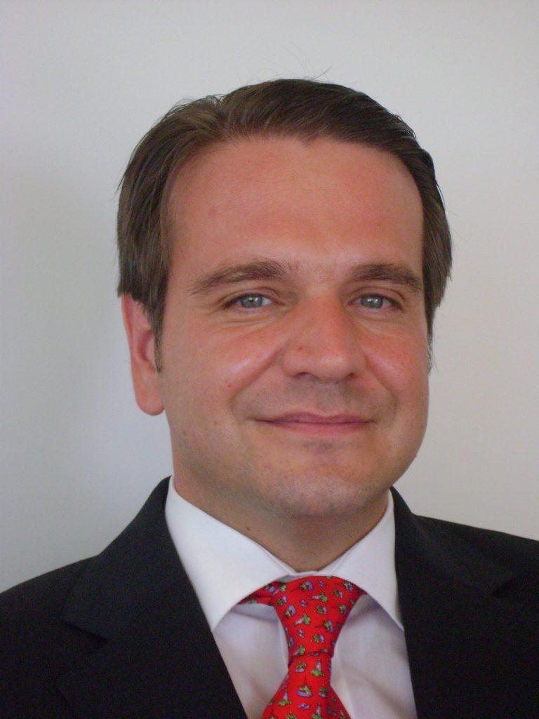 Javier Nieto. Firma: Cedida (Family Enterprise Partners)