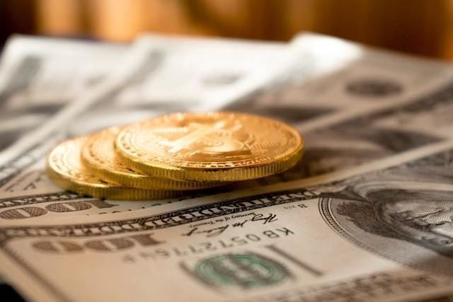 ouro nota investimento subscritos dinheiro carteiras investidores