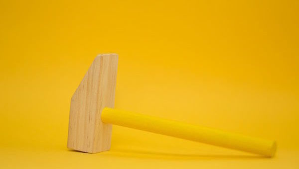 color_yellow_auction_hammer