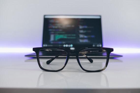 technology_etf_glass_laptop_table