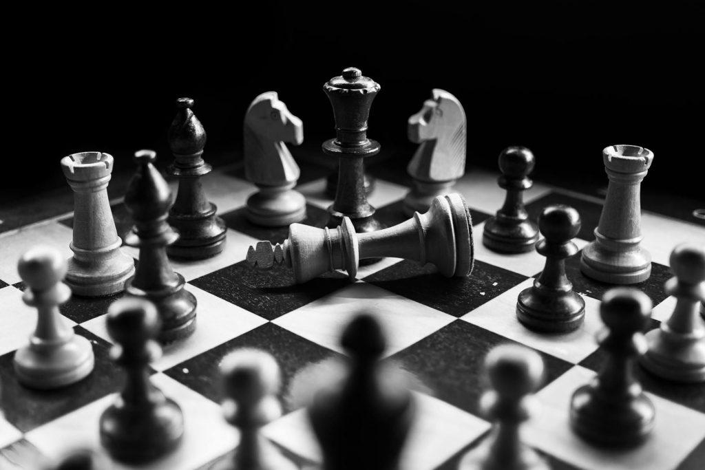 mercado competição estratégia xadrez