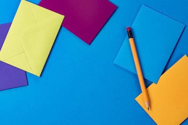 color_pencil_paper_pen_blue_funds