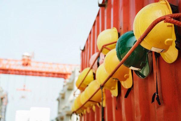 protection_cautious_brazil_construction_colors_yellow_hat