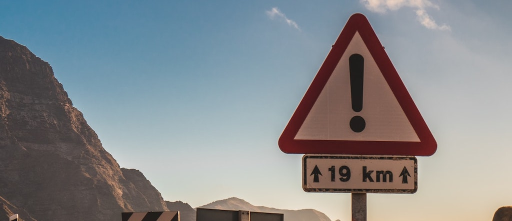 Risco Risk Danger Alerta CMVM