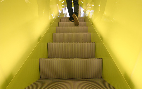 Stairs_up_Escaleras